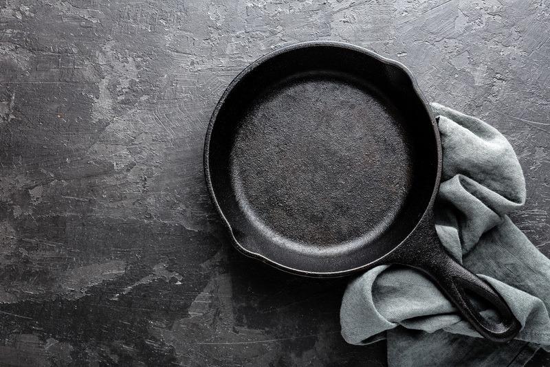 Как почистить сковороду