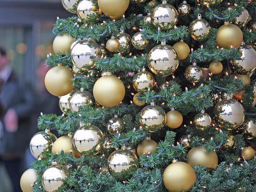 Как украсить дом к Новому году, чтобы привлечь удачу: советы фэн-шуй