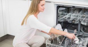 Что никогда не следует ставить в посудомоечную машину: 5 очень полезных советов